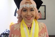 Graduation by Dinda Zeda Make Up