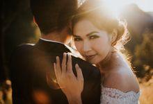 Bromo Prewedding Yudhi & Jillie by AHENjunius Photography