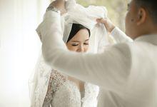 The Wedding of Douglas & Anggita by KALAMDALA