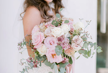 Simplicity of blush  by AiLuoSi Wedding & Event Design Studio