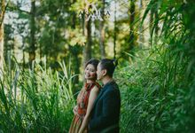 Yenny and Arief by AKALIKA