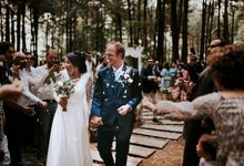 Seated Outdoor Wedding Reception by KittyCat Entertainment