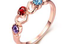 Tiaria Custom Engagement Ring 5 Perhiasan Cincin Tunangan Emas dan Batu Permata by TIARIA