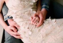 Wedding of Alice and James by Elizabeth Messina FAKE