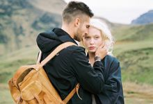 OUTDOOR ENGAGEMENT SESSION IN ICELAND by Aleksandra Semyonova