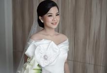 Gretta & Willyam wedding - morning gown  by Alethea Sposa