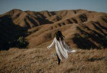 Selangkah ke sumba Rayi & Oyi by Alinea