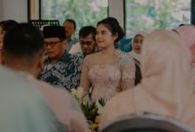 Allya & Riezky Engagement by AKSA Creative