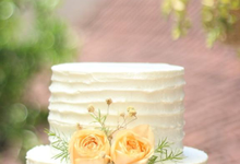Simple Rustic Wedding Cake by Alycia's Cake