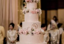 Rose Gold Wedding of Dima & Issye by Amor Cake