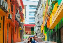 casual couple shoot by NEW MONALISA PHOTO STUDIO