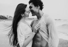 Victor & Valerka by Balimakna Photography