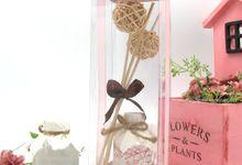 Aroma DIffuser include Clear Box by Fine Souvenir