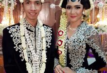 Wedding  by Arum Ndalu Sanggar Rias Pengantin