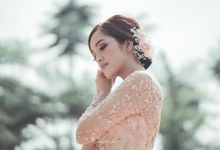 Suci - Adli Engagement by Karna Pictures
