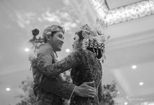 Sacred Wedding in Kubah Emas Grand Mosque by Karna Pictures