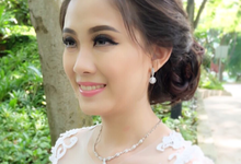 Singapore brides  by aureliamakeup