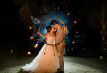 Intimate beach wedding at The Taman Ahimsa by AVAVI BALI WEDDINGS