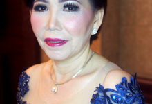 Sylvia's Mom by ayrin makeup