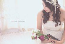 Mawan & Icha by mooi indie photograph