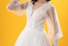 Hand Puffed Wedding Dress by Tu Linh Boutique