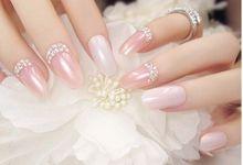 nail art- 24 pcs kuku palsu dengan warna pink dan barisan berlian imitasi yang elegan by Triwindu shop