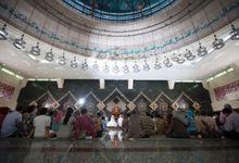 Akbar + Intan by Createdbybatarasurya