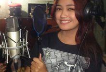Wedding Singer by Putri Ajeng Singer