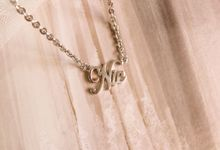 For Nicole - 18ct White Gold Name Necklace by AEROCULATA