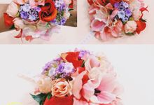 Premium artificial flowers (hand bouquet & corsage) by RIE Wedding House
