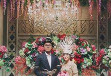 XXI Ballroom -  Mandailing Wedding Reception of Iman & Dira by Sentra Bunga Decor