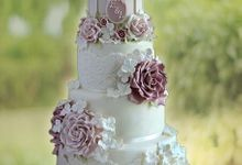 Premium Wedding Cakes by Hearts and Bells