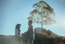 Couple Shoot in Black Lava With Volcano Background by Bali Epic Productions