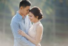 Blangsinga Engagement in Bali by Maxtu Photography