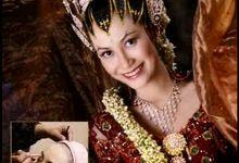 i-key wedding by I-KEY WEDDING By Rismayanti
