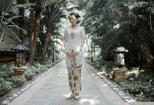 Ita - Iko Wedding by Karna Pictures