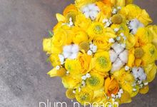 Bouquet Bible : Vol.1 by Plum & Peach Floral