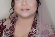Tutut and Lukman Wedding by beautified by santishiva
