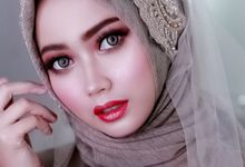Hijab bridal makeup by Natcha Makeup Studio
