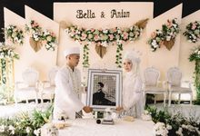 Intimate Wedding of Bella & Anton by Kalana Wedding