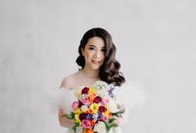 Prewedding Decoration & Hand Bouquet by Benoite Florist