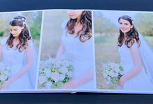 Wedding Album by Bespoke Albums