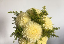 Simple Korean Style Wedding Bouquet by Beyond by Brigita