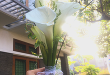 Calla Lily Bouquet Korean Style Wedding Bouquet by Beyond by Brigita