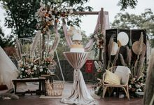 Styled shoot with blissful brides by Bloomwerks