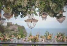 SIPPING BUBBLY by Bloomz Flower Bali
