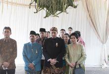 SASKIA & REGI - NGEUYEUK SEUREUH by Promessa Weddings