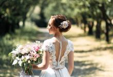 Modern castle wedding for Maria and Bogdan by Daria Vlasenko weddings