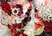 brooch bouquet  flower by Fancy Boon