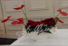 Flower Arrangement by Kallaia